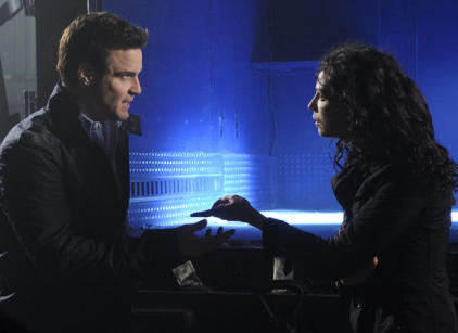 Watch Warehouse 13 Season 4 Episode 3 Online