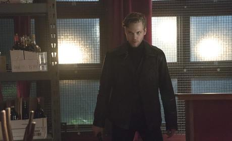Prepare for Anarky! - Arrow Season 4 Episode 2