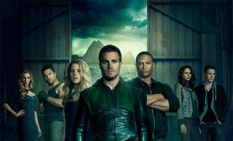 Arrow Season 2 Poster: Go Team!