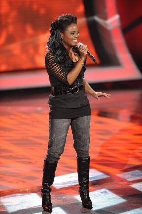 Paige Miles Sings