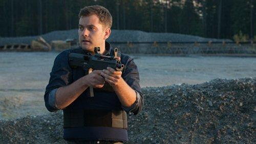 Peter, Armed
