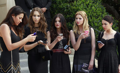 Pretty Little Liars Review: A is for A-L-I