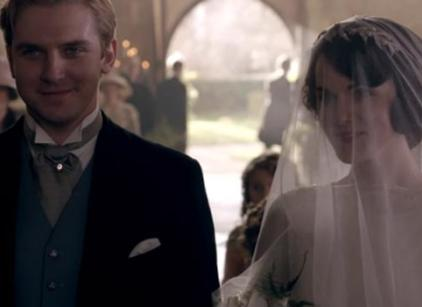 Watch Downton Abbey Season 3 Episode 1 Online