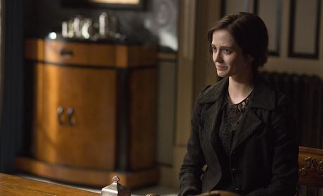Vanessa Needs Help - Penny Dreadful