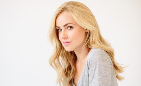 12 Monkeys Interview: Amanda Schull Needs You to Know Cassie is Not a B*tch!