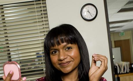Kelly Kapoor Picture