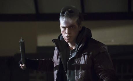 Scaredy Cat - Arrow Season 4 Episode 10