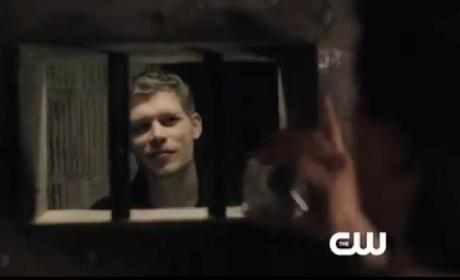 The Vampire Diaries Sneak Peek: Playing Damon Sitter