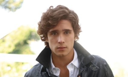 Diego Boneta: Cast on Pretty Little Liars