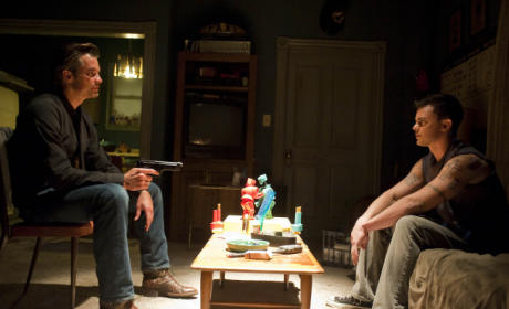 "Justified Review: ""Hatless"""