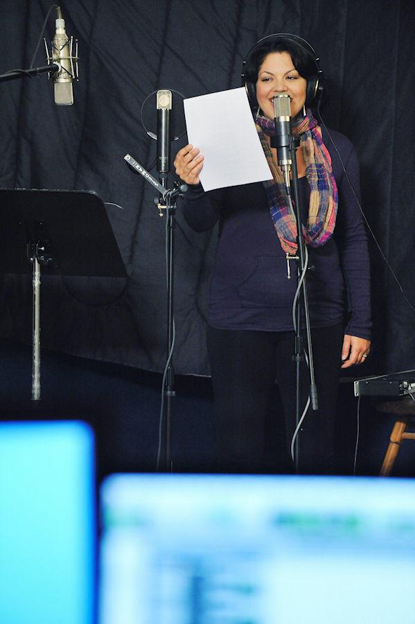 Sara Sings!