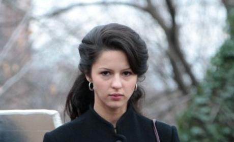 Annet Mahendru to Guest Star on Grey's Anatomy Season 11