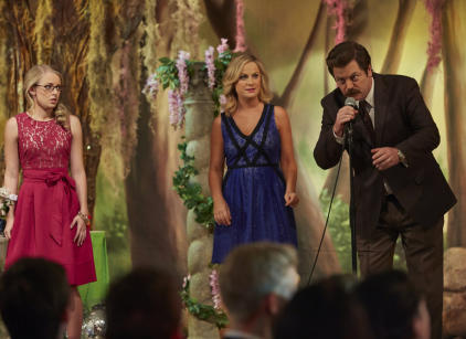 Watch Parks and Recreation Season 6 Episode 18 Online