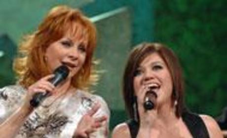 Kelly Clarkson, Reba McEntire Duet Climbs Up Charts