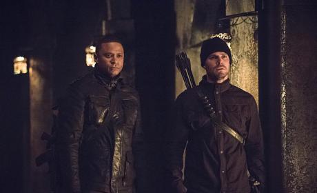 Looking on in Horror - Arrow Season 3 Episode 15