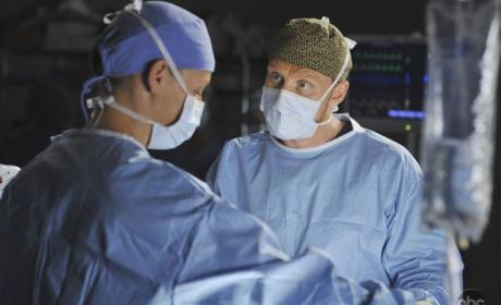 "Grey's Anatomy Recap: ""Life During Wartime"""