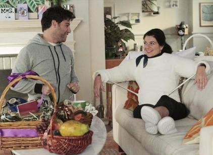 Watch Happy Endings Season 3 Episode 1 Online