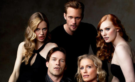 True Blood Spoiler Pic: Fangtastic!