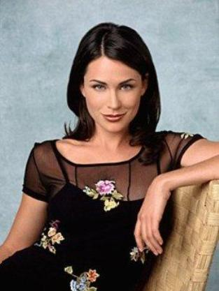 Rena Sofer covert affairs