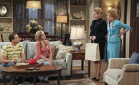 "Two and a Half Men Review: ""Grandma's Pie"""