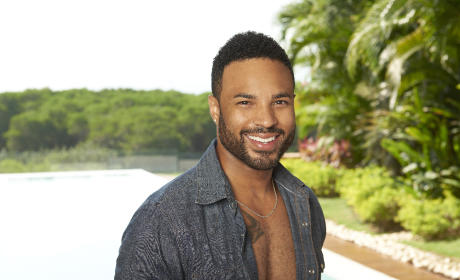 Jonathan Holloway - Bachelor in Paradise