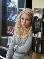 AnnaSophia Robb as Carrie
