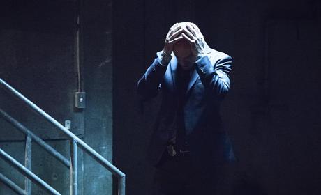 Desperate - Arrow Season 4 Episode 4