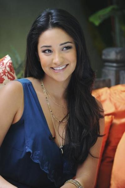 Shay Mitchell Pic