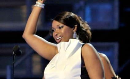 Jennifer Hudson Wins 2009 Grammy Award