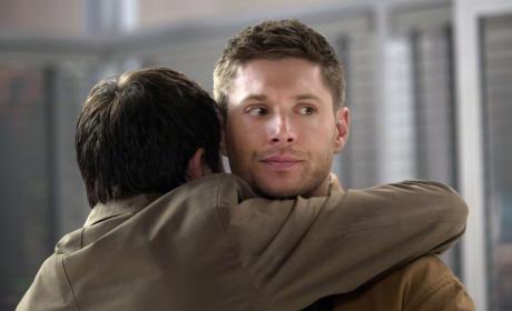 I Don't Like Hugs, Cas