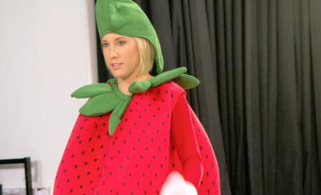 Savannah as a Strawberry - Chrisley Knows Best