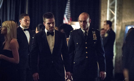 Oliver and Lance - Arrow Season 4 Episode 7