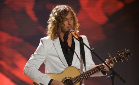 American Idol Review: Guitars, Bagpipes and Didgeridoos!