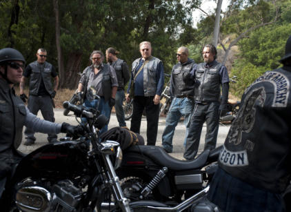 Watch Sons of Anarchy Season 3 Episode 5 Online
