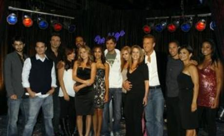 Enrique Iglesias Comments on The Young and the Restless Appearance