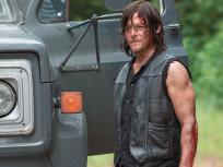 Daryl's in town - The Walking Dead Season 6 Episode 9