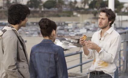 "90210 Episode Stills: ""Meet the Parent"""