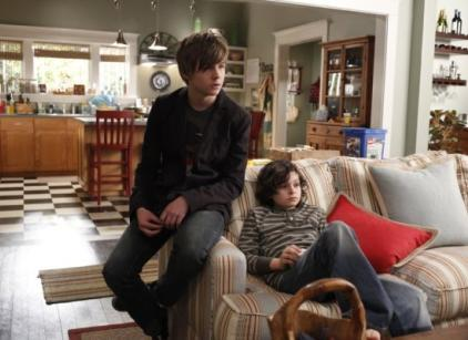 Watch Parenthood Season 1 Episode 9 Online