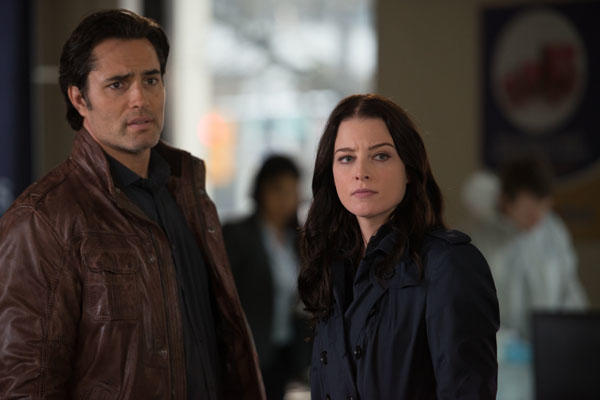 Carlos and Kiera Investigating a Robbery