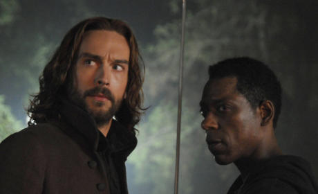 Crane and Captain Irving Battle War - Sleepy Hollow Season 2 Episode 11