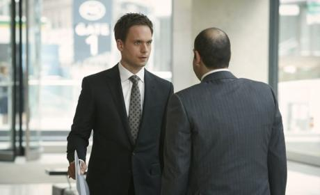 Suits: Watch Season 4 Episode 4 Online