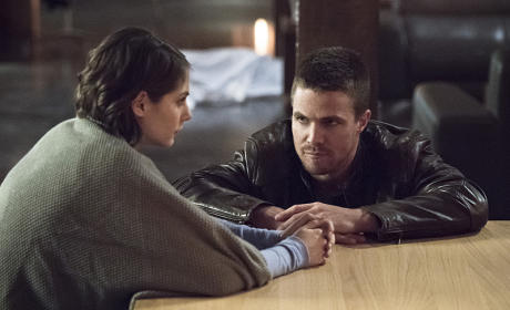 Arrow Season 3 Episode 13 Review: Canaries
