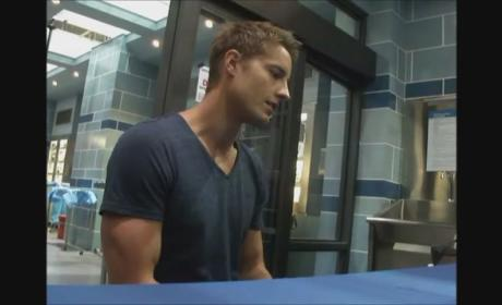 Emily Owens, M.D. Set Visit: Justin Hartley Teases New Dramatic Comedy