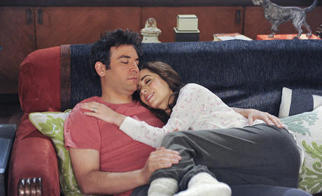 How I Met Your Mother Finale Pics: One Last Group Hug