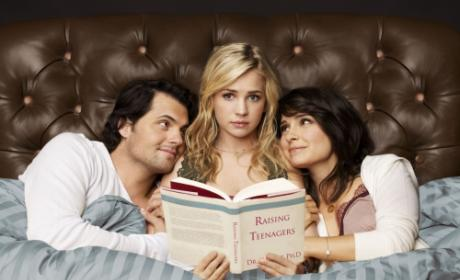 Secret Circle Rumored to Replace Life Unexpected on The CW