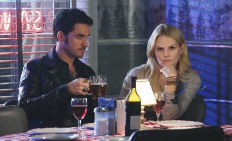 Once Upon a Time Season 4 Episode 13 Review: Darkness On The Edge Of Town