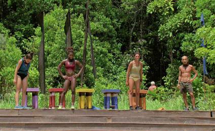Watch Survivor Online: Season 32 Episode 13