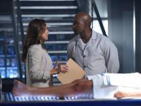 Rosewood Season 2 Episode 1 Review: Forward Motion & Frat Life