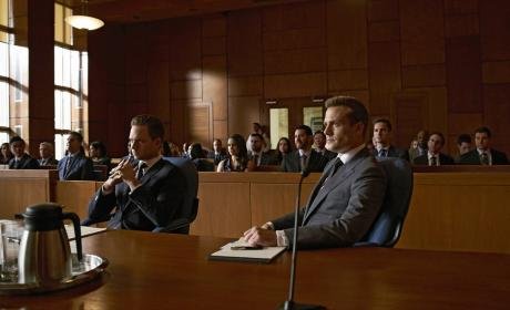 Watch Suits Online: Season 5 Episode 15