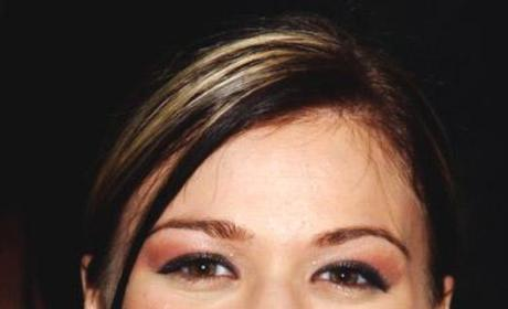 Kelly Clarkson Up Close